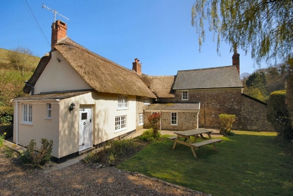 Gill Cottage - Dog friendly holidays