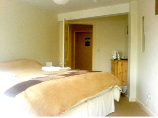 Channel View Guest House In Dartmouth Devon Accommodation B B