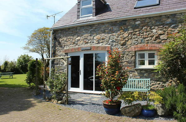 Dog Friendly Holidays in Pembrokeshire