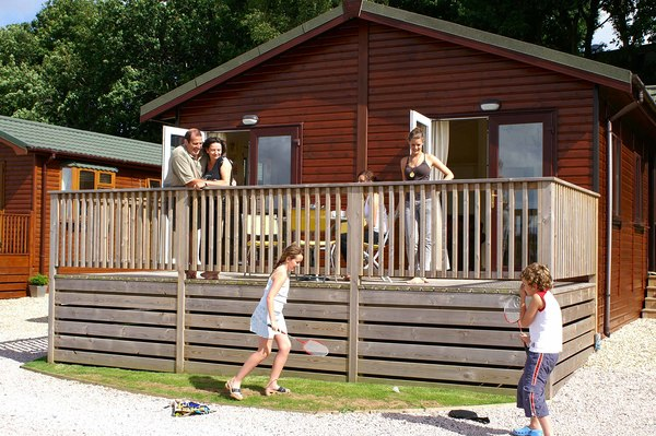 Dog friendly luxury lodges with a hot tub