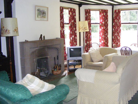 Dog Friendly Cottages in Merseyside