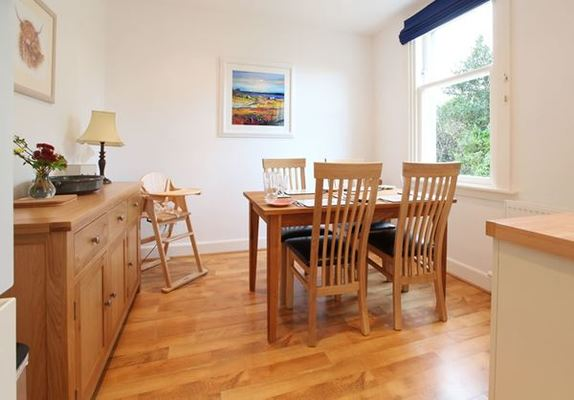 Dog Friendly Cottages in Largs