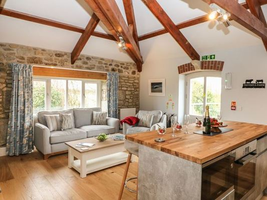 Dog Friendly Cottages in Truro